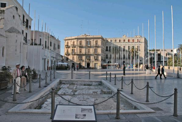 bari__piazza_del_ferrarese
